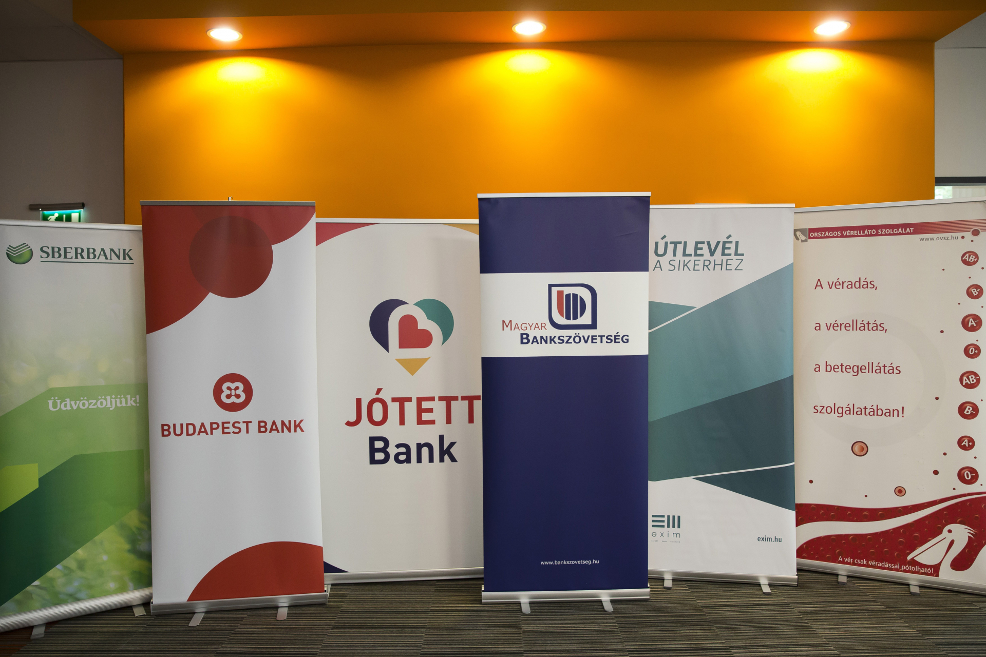 Így zajlott a JÓTETT Bank véradási eseménysorozata
